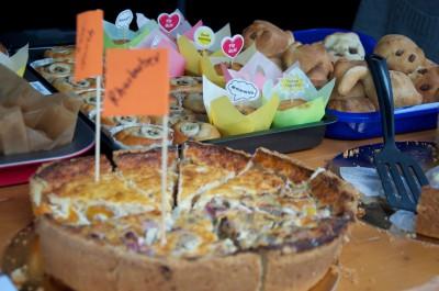 Kuchenverkauf auf dem Singener Wochenmarkt